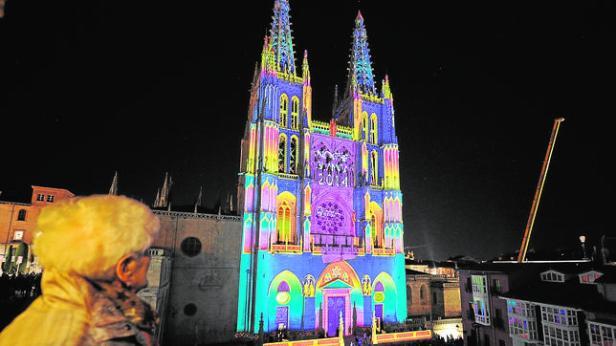 Noche blanca en la ciudad de Burgos.