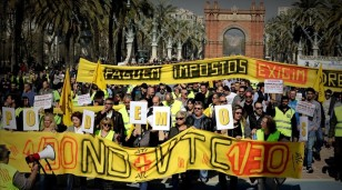 BARCELONA 16 03 2017 Huelga de taxis manifestacion en arc de triomf FOTO de FERRAN NADEU